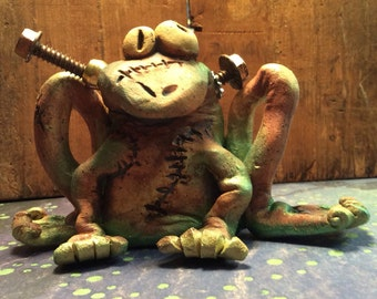 Steampunk Frog Sculpture Mad Scientist Biology Frog