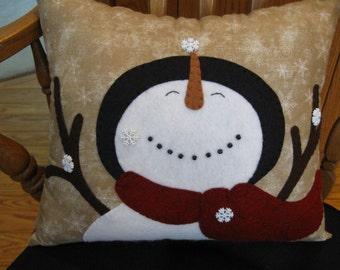 It's Snowing!  Merry Snowman Winter / Christmas Pillow Handmade