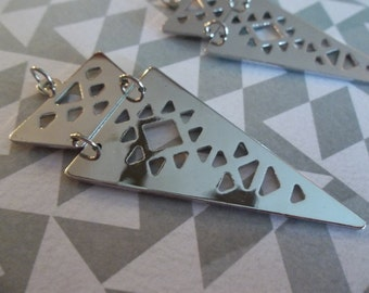 Hinged Triangle Pendants - Pointed Arrow Earring Findings - Silver Spikes with Cutout Shapes - Qty 2