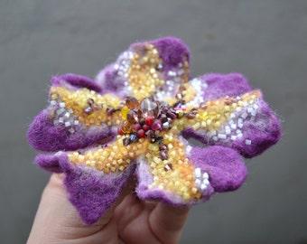 Wool Felt Flower Pin Brooch Purple Plum Color, Floral Corsage Pin,Felt Brooch,Felted Gift Idea,Handmade Art Pin,Embroidered Flower Brooch