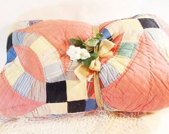 Wedding Ring Quilt, Vintage Pink/Salmon Quilt, Bed Covering
