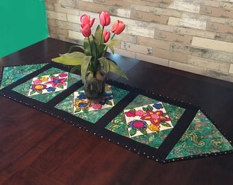 Quilted Table Runner Pattern -Applique Bouquet - #546