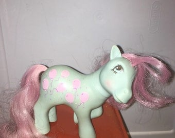 vintage 1984 Hasbro made in hong kong conclave foot Mommy Sweet Celebrations My little pony Loving Family Ponies pony RAD