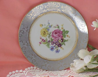 Beautiful Vintage Victorian Plate Cottage Spring Flowers Gold Trim