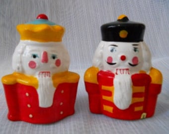 Nutcracker Salt and Pepper Shakers - vintage, collectible, Holiday, Christmas