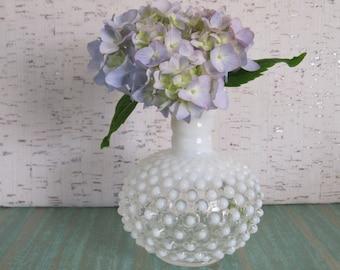 Hobnail Bud Vase / Moonstone Opalescent / Anchor Hocking Glass / Vintage Vase