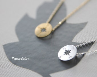 Compass Necklace in Gold / Silver. Collarbone Necklace. Charm Necklace. Fun Jewelry. Modern Jewelry. Unisex Gift (PNL- 175)