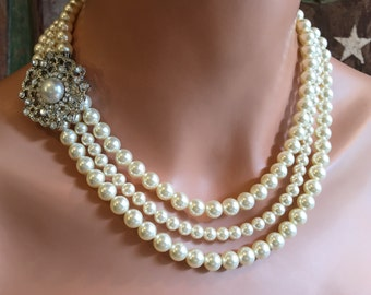 Pearl Necklace Set Wedding Bridal jewelry with broach in 3 strands of Swarovski pearls and rhinestone wedding jewelry bridesmaid gifts sets