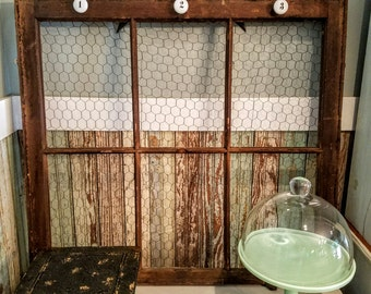 Vintage Window Frame with Chicken Wire/Jewelry Display/Rustic Photo Display/Window Memo Board with Number Boards
