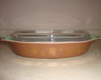 Pyrex Vintage Americana Divided Casserole Dish