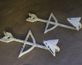Arrow Hook, Arrow Wall Decor, Arrow Hangers, Total of 2 hooks