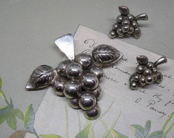Sterling Silver Grape Cluster Brooch & Earrings Set