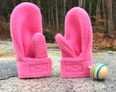 Girl Pink Mittens | Stay on Wrap Mittens  | Bubble Gum Pink Mittens | Toddlers Mittens | Handmade Mittens | Made in America