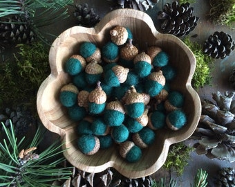 Felted wool acorns, Pine Green, wholesale set of 50, dark green acorn bowl filler, winter decor, woodland wedding favors, fall table decor