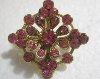 Vintage Pink Rhinestone Brooch, 1950s Gold Tone Brass with Pink Glass Rhinestones, 20mm Square Size