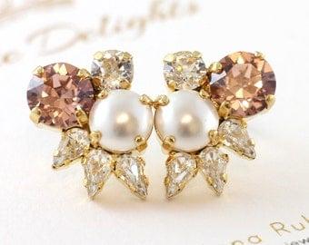 Blush Crystal Bridal Studs,Swarovski Cluster Studs,Pearls and Crystal Bridal Earrings,Pearl Stud Earrings,Bridal Blush Earrings,Gift For Her