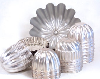 Jell-o Molds, Tart Moulds, Vintage Kitchenwares, Aluminum Moulds, Individual Gelatin Moulds, Ring Molds, circa 50s 60s