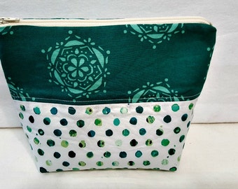 Modern Zip Top Cosmetic Case Pouch  - Larger Size
