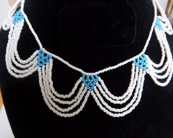 Vintage necklace,delicate and feminine white and turquoise glass bead scalloped choker necklace
