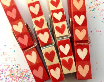 RED HEARTS Clothespin hand painted magnetic pegs