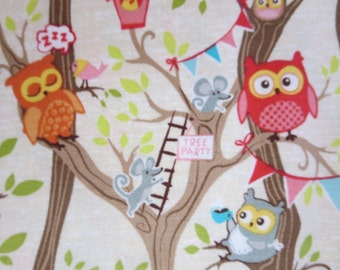 Riley Blake - C5090-CREAM Tree Party Main Cream - Owl Fabric