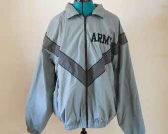 Vintage 1980s Deadstock men's ARMY zip-up jacket / windbreaker, size Large