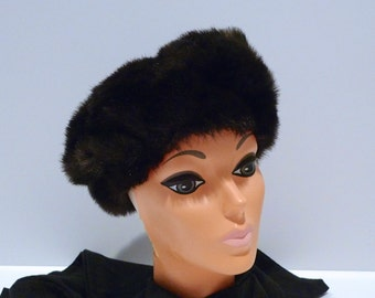 Faux Fur Hat Vintage Brown Fur Pill Box Hat Fake Fur Snow Bunny Cap Fluffy Winter Hat Lined 1960s 1970s Ski Lodge Hipster