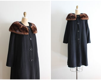 vintage 1950s mink collar coat - black wool coat with fur trim / 50s ladies wool winter coat - fur collar / chestnut mink fur collar coat