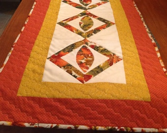 Quilted fall table runner, Autumn table runner, Reverable fall table runner