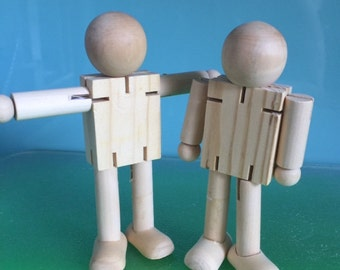 POSABLE WOODEN ROBOTS *** 2 x 14cms timber robots***Wooden Dolls***Steiner Toys***Wooden Bendy Dolls