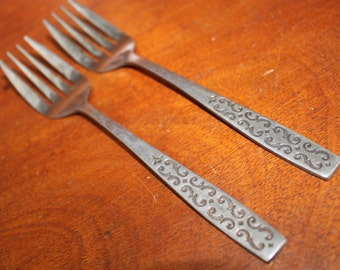 CADIZ from Imperial Stainless Silverware Vintage Flatware with graphic pattern on bottom BIN 8