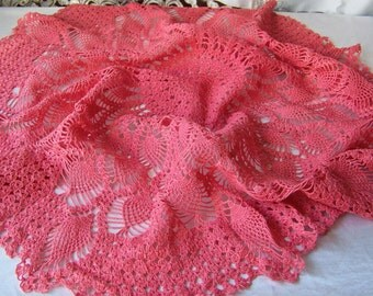 Vintage Doily Pineapple Crochet Centerpiece Deep Pink Pineapple Doily Crochet Scarf Linens Table Cover 1970s
