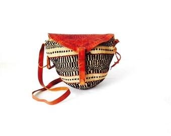 90s leather SOUTHWEST woven IKAT classic petite purse bag