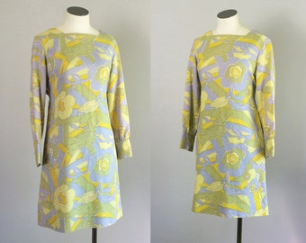 Vintage 1960s Pastel Mini Dress. 60s Mod Baby Doll Dress. Size Small