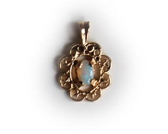 14K Yellow Gold Opal Charm/Pendant