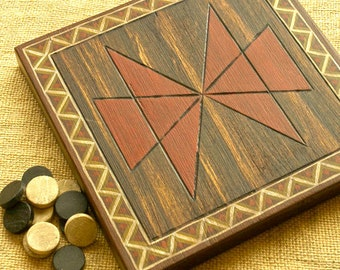 ANCIENT BOARD GAME - Woodwork - Art - Handmade - Decoration - Gift - Wedding gift - Christmas gift: Shara Vyooha (India)