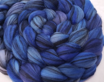 Grey Merino Top 25.5 Microns Dyed in Royal Blue, Sapphire Blue and Periwinkle
