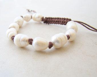 Pearl Bracelet, Freshwater Pearls, Macrame Bracelet, Boho Bracelet, Bohemian, Beach Jewelry, Ocean Bracelet, Surfer Jewelry