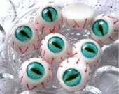 10 pcs of High Quality Creepy Funky Eyeball Cameo For Necklace Punk Goth Ring Jewellery Earring YJ-0108