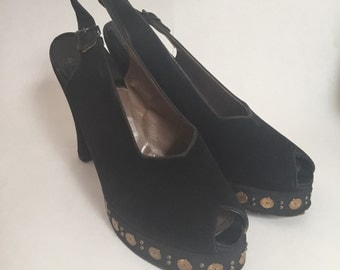 1940s Black and Gold Platforms Sz. 6