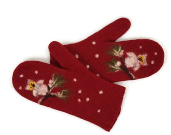 Felted mittens Merino wool Deep red