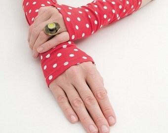 Arm Warmers, Red With White Dots Mittens