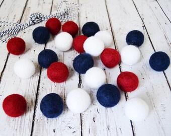 4th of July DIY Felt Ball Garland Kit >>--> 24  2.5 cm Felt balls Dark Red White Navy Blue + 3 yds Twine