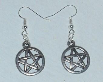 Pentagram Metal Earrings - Gothic, Halloween *et*