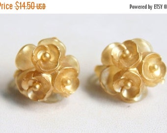 MOVING SALE Half Off Very Interesting Pearlized Celluloid Floral Clip On Earrings