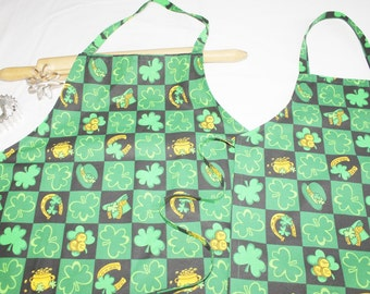 Lucky St. Patrick's Day Mother Daughter Aprons