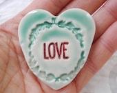 Heart Brooch, Love Pin, Holiday Brooch, Wreath Brooch, Heart Pin, Holiday Pin, Valentines Day gift, red green pin, ceramic pin, Heart Pin