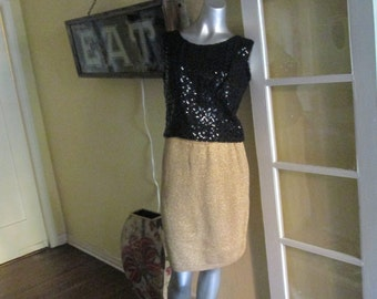 Vintage Gold Metallic Knit Skirt / Short Dressy Skirt Medium