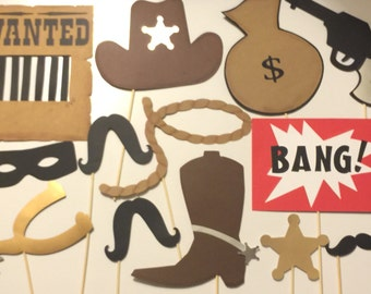 COWBOY photo booth props. HOWDY COWBOY photo props for birthday parties