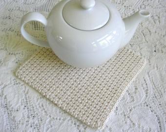 Off White Crochet Pot Holder - Handmade Square Ecru Cotton Potholder - Hot Pad / Trivet Minamilist Kitchen Decor